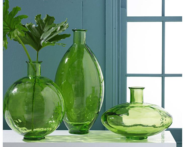 green glass vases. Black Bedroom Furniture Sets. Home Design Ideas